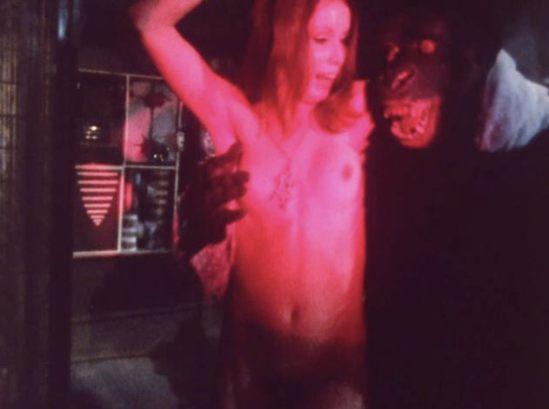 Striptease Gorilla!
